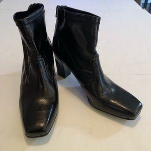 Franco Sarto Macon Womens Black  Booties Zip 10M